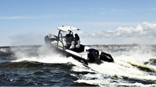 Proteum launches 200hp OXE Diesel outboard engine into military market